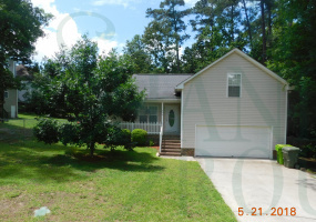 208 Charles Towne Court,Columbia,South Carolina 29209,4 Bedrooms Bedrooms,2 BathroomsBathrooms,Home,Charles Towne Court,1166