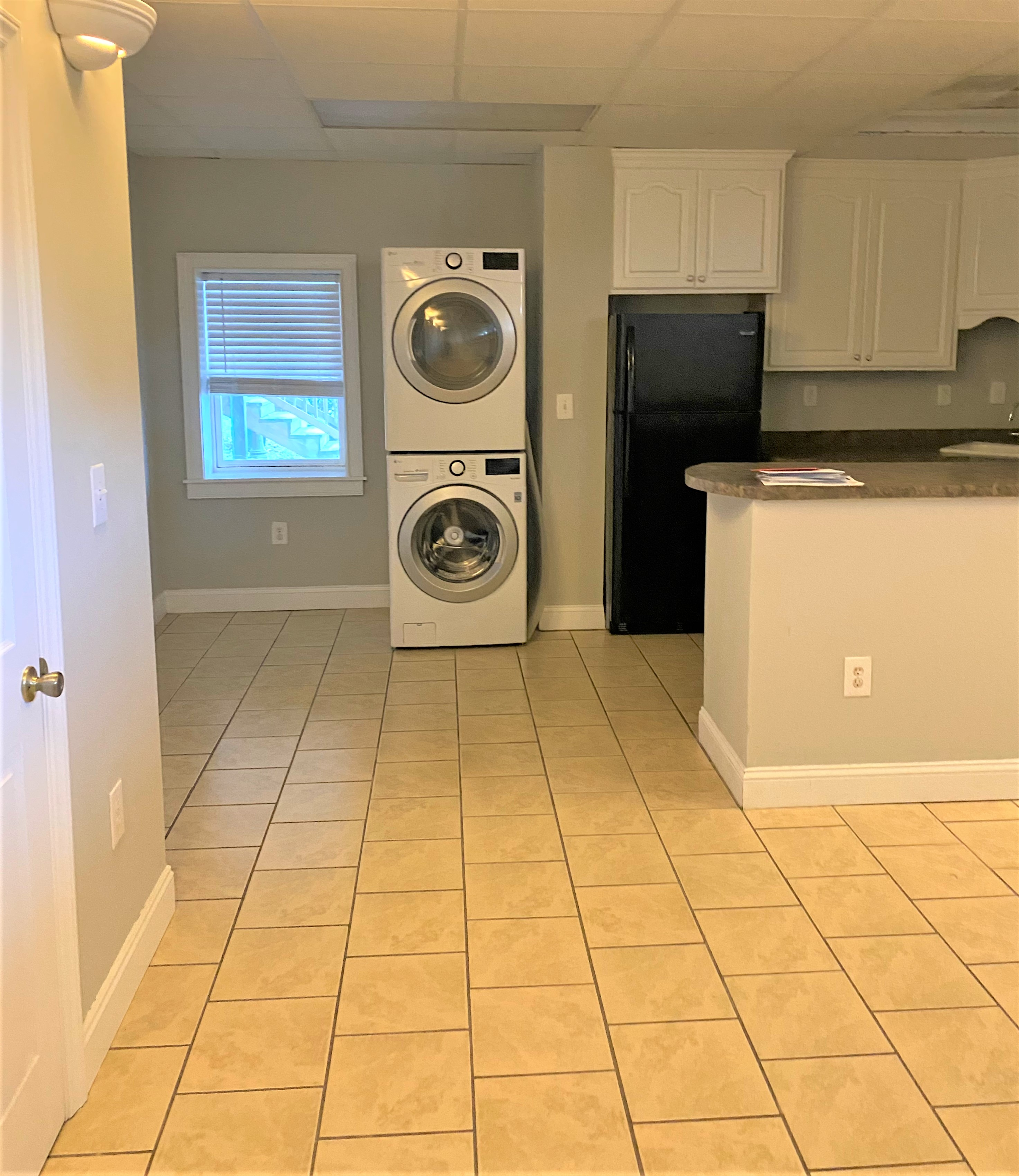 2004 State Street, Cayce, South Carolina 29033, 3 Bedrooms Bedrooms, ,2 BathroomsBathrooms,Apartment,For Rent,State Street,1174