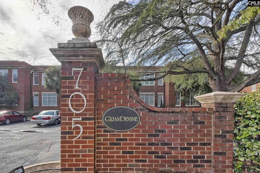705 Maple Street,Columbia,South Carolina 29205,1 Bedroom Bedrooms,1 BathroomBathrooms,Apartment,Maple Street,1017
