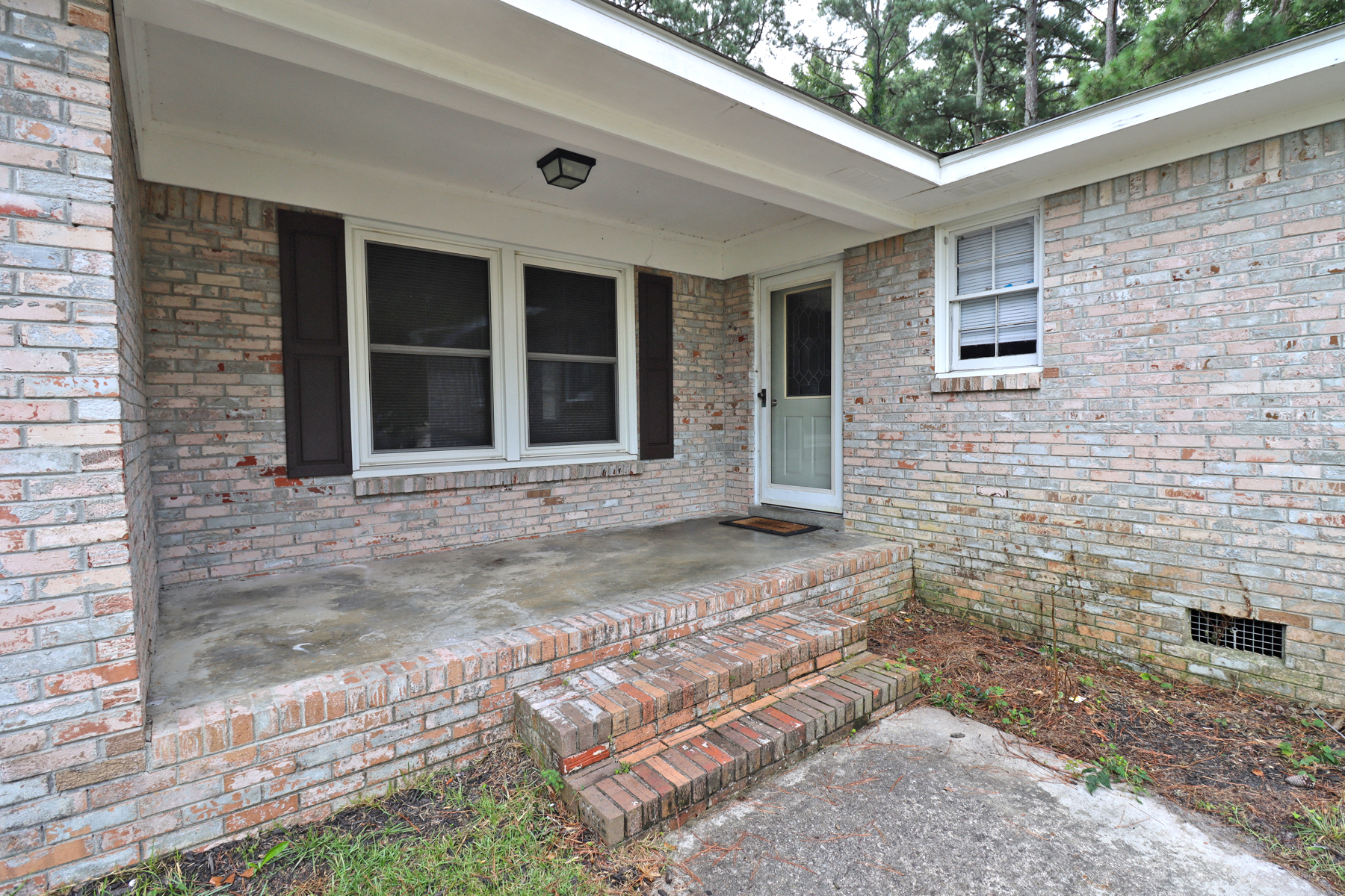 10 Coatesdale Circle, Columbia, South Carolina 29209, 3 Bedrooms Bedrooms, ,2 BathroomsBathrooms,Home,For Rent,Coatesdale Circle,1221
