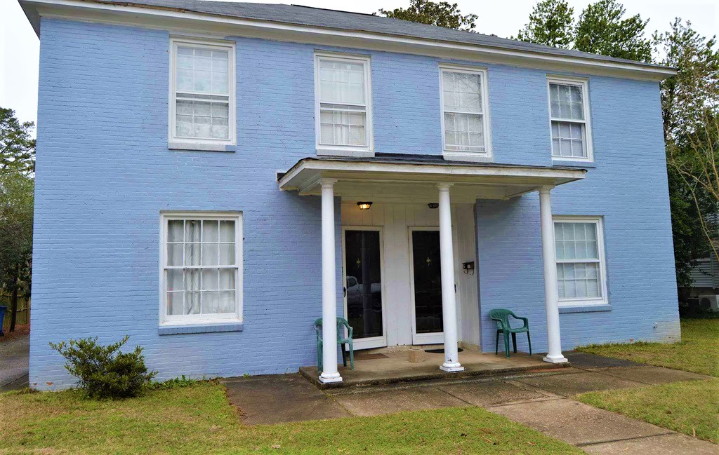 210 South Saluda Avenue, Columbia, South Carolina 29205, 3 Bedrooms Bedrooms, ,1 BathroomBathrooms,Apartment,For Rent,South Saluda Avenue,1256