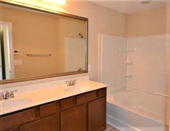 195 Eagle Park Drive,Columbia,South Carolina 29206,3 Bedrooms Bedrooms,2.5 BathroomsBathrooms,Home,Eagle Park Drive,1330