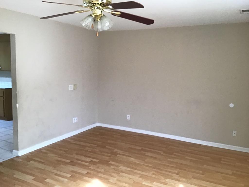 13 Willow Lane,Elgin,South Carolina 29045,3 Bedrooms Bedrooms,2 BathroomsBathrooms,Apartment,Willow Lane,1369