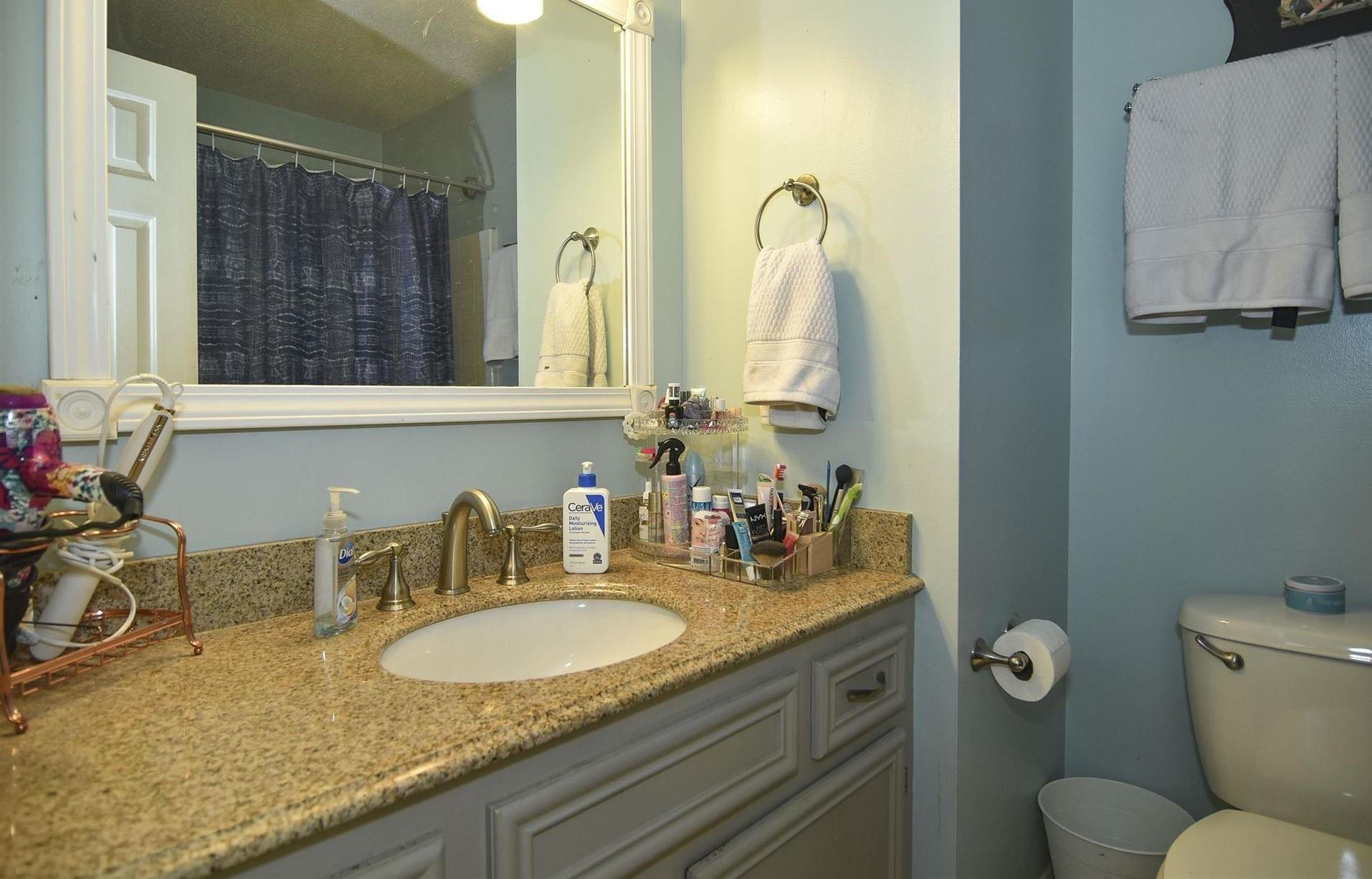4021 Hickory Street,Columbia,South Carolina 29205,3 Bedrooms Bedrooms,2 BathroomsBathrooms,Home,Hickory Street,1387
