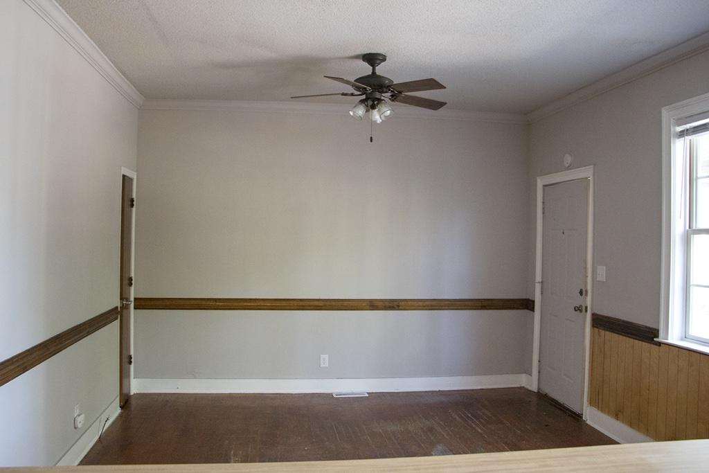 753 Center Street, 2 Bedrooms Bedrooms, ,1 BathroomBathrooms,Apartment,For Rent,Center Street,1415