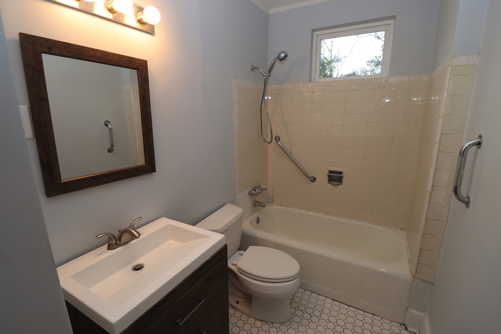 930 Munsen Spring Drive, 2 Bedrooms Bedrooms, ,1 BathroomBathrooms,Apartment,For Rent,Munsen Spring Drive,1446