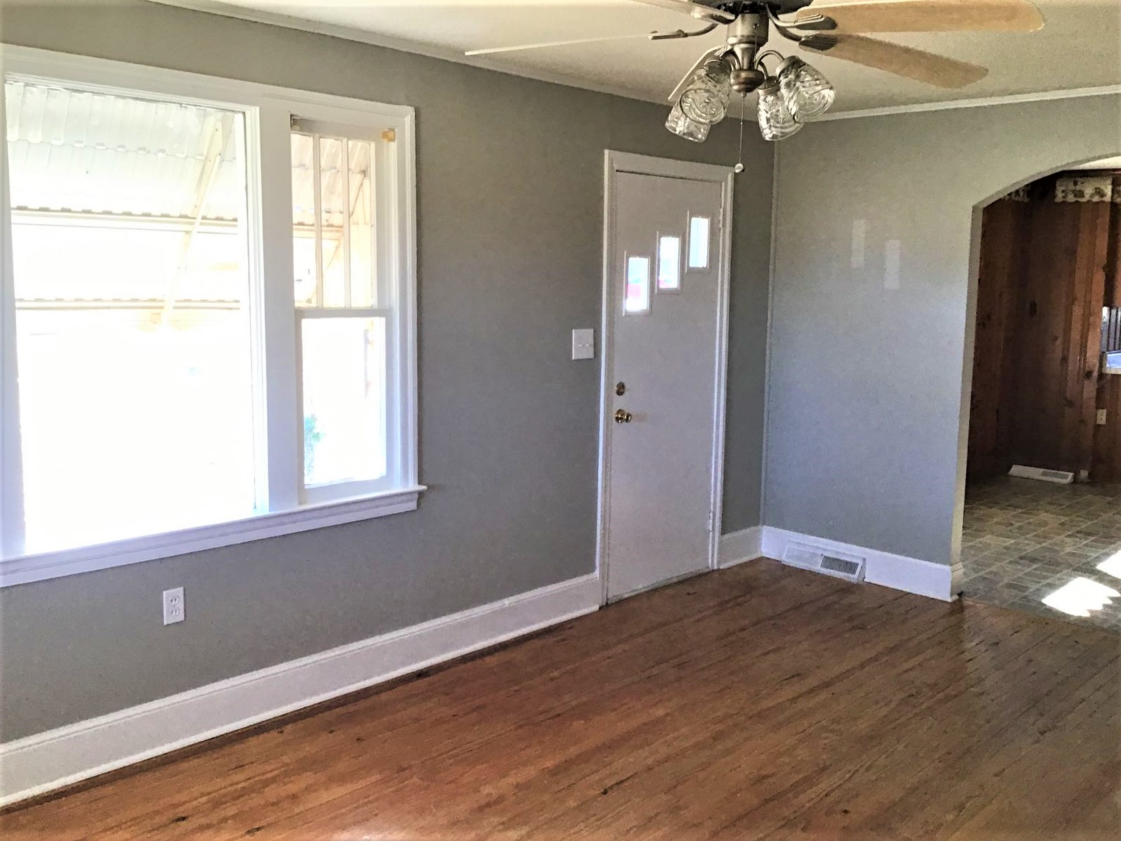 2500 Springvale Road, 2 Bedrooms Bedrooms, ,1 BathroomBathrooms,Home,For Rent,Springvale Road,1447
