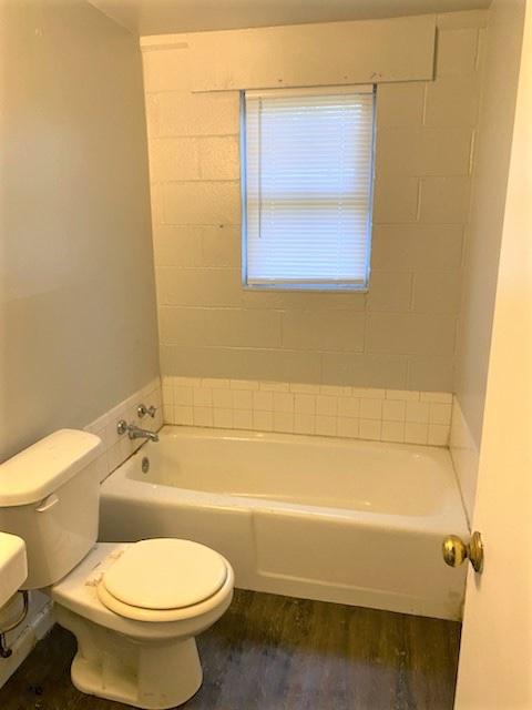 2719 Howell Court, 2 Bedrooms Bedrooms, ,1 BathroomBathrooms,Apartment,For Rent,Howell Court,1460