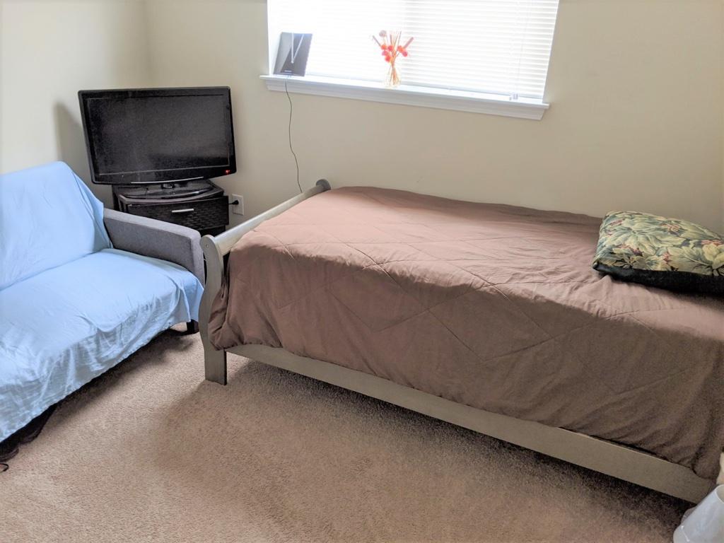 513 Menlo Drive, 2 Bedrooms Bedrooms, ,1 BathroomBathrooms,Apartment,For Rent,Menlo Drive,1475