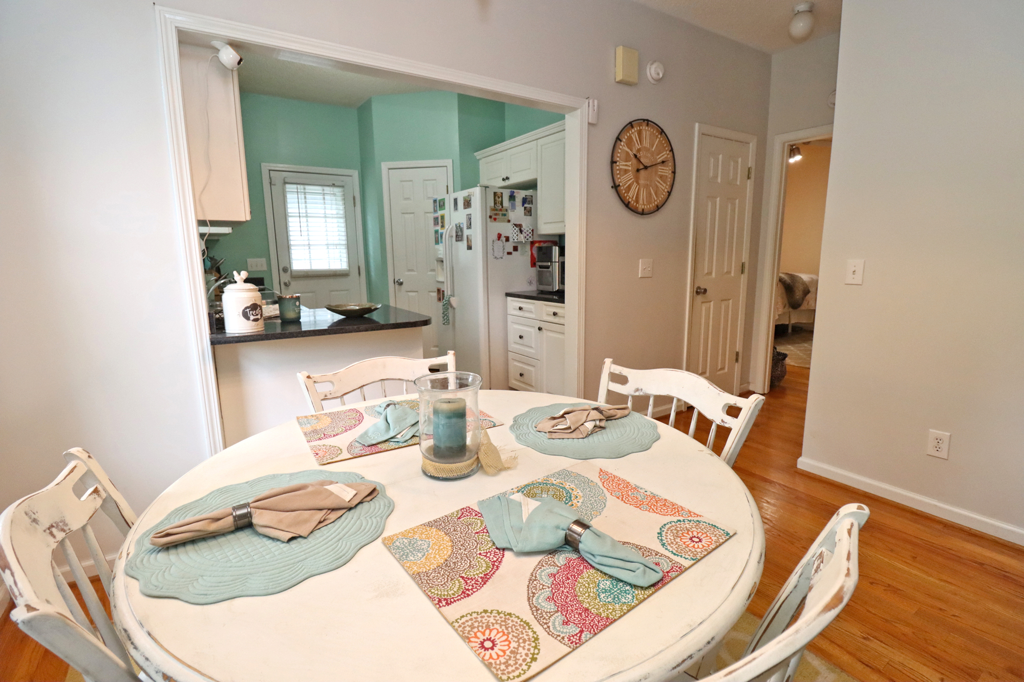 39 Graymont Avenue, 3 Bedrooms Bedrooms, ,2 BathroomsBathrooms,Home,For Rent,Graymont Avenue,1509