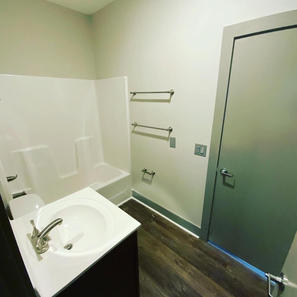 474 Frederick Street, 1 Bedroom Bedrooms, ,1 BathroomBathrooms,Apartment,For Rent,Rhames Campus Suites, Frederick Street,1543