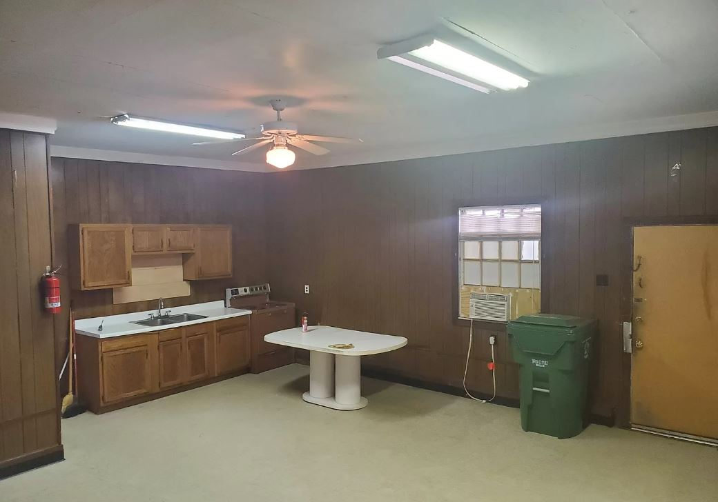 1617 Dupont Drive, ,Commercial,For Rent,Dupont Drive,1556