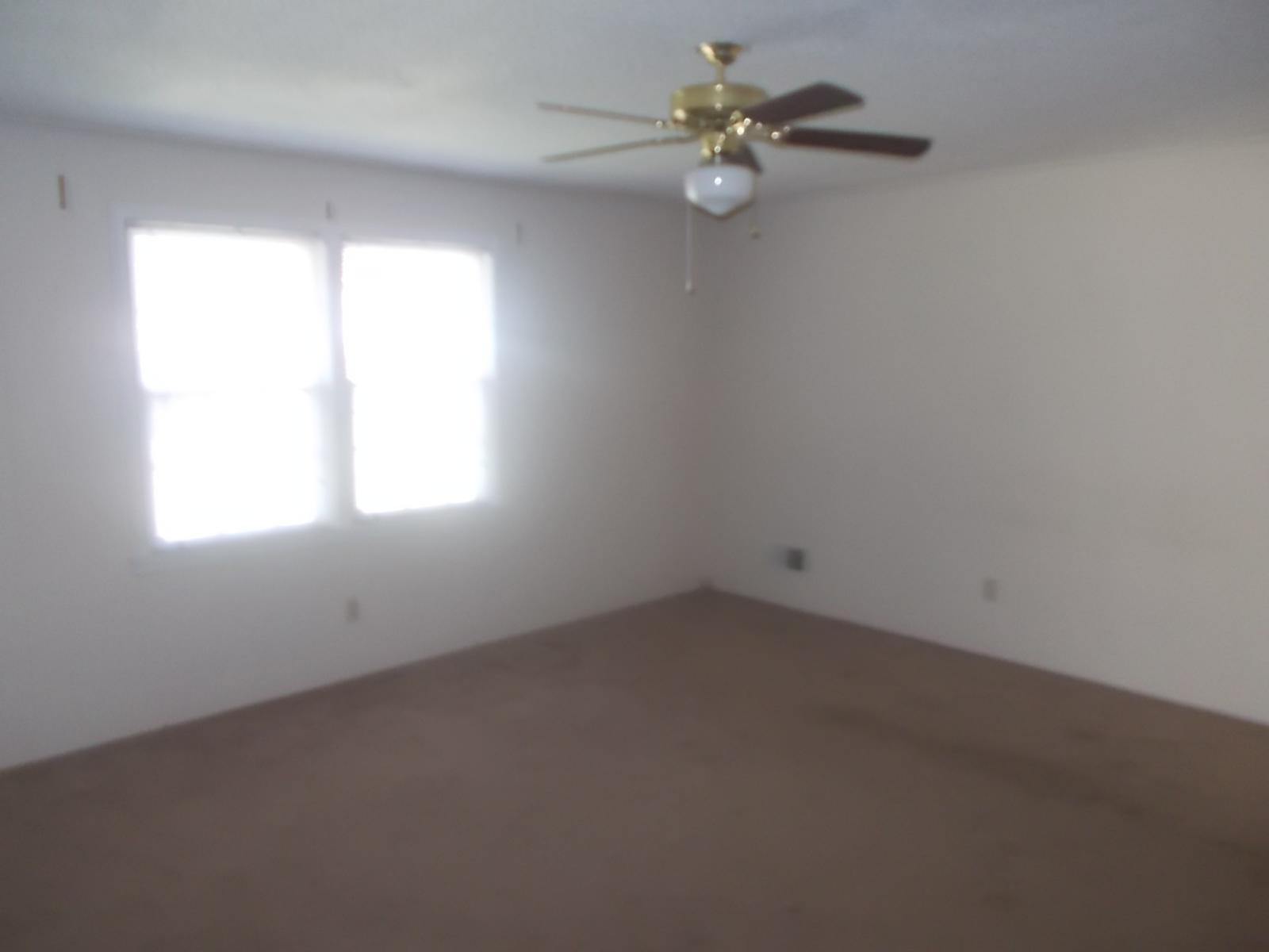 7434 Coachmaker Circle,Columbia,South Carolina 29209,3 Bedrooms Bedrooms,2 BathroomsBathrooms,Home,Coachmaker Circle,1063